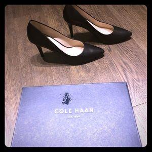 Cole Haan - Quincy Pump (Blk Leather)